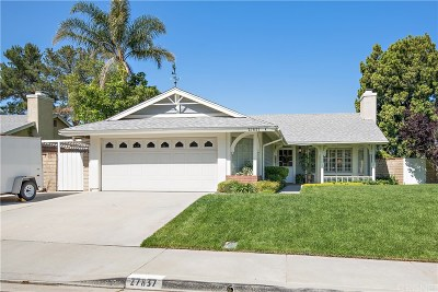 Saugus Single Family Home Active Under Contract: 27837 Sumner Avenue