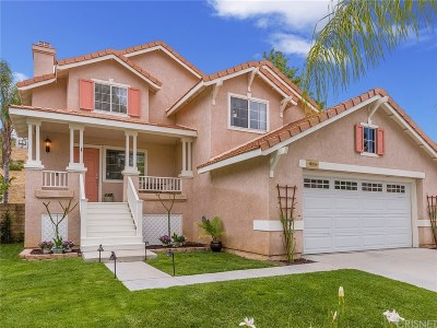 Saugus Single Family Home Active Under Contract: 27659 Kristin Lane