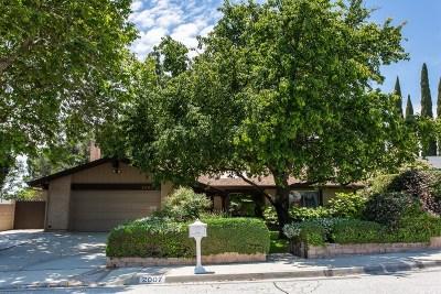 Simi Valley Single Family Home For Sale: 2007 Woodglen Street