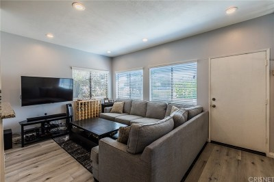 Thousand Oaks Condo/Townhouse Active Under Contract: 98 Maegan Place #4