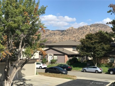 Simi Valley Condo/Townhouse Active Under Contract: 6001 East Via Breve #4