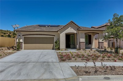 Simi Valley Single Family Home For Sale: 73 Redwood Grove Court