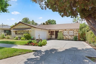 Sherman Oaks Single Family Home Active Under Contract: 13146 Hesby Street