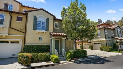 Valencia Condo/Townhouse Active Under Contract: 28257 Canterbury Court #124