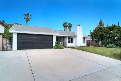 Granada Hills Single Family Home Active Under Contract: 11012 Lindley