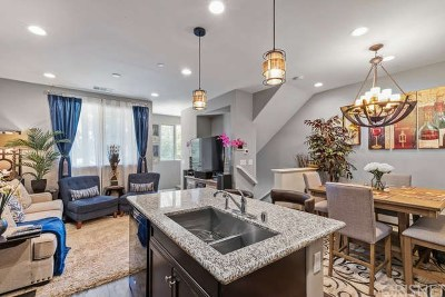 Panorama City Single Family Home Active Under Contract: 14850 Maple