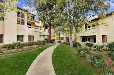 Simi Valley Condo/Townhouse Active Under Contract: 3306 Darby Street #406