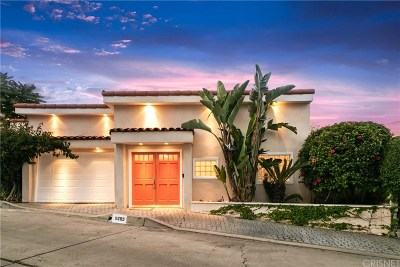 Studio City Single Family Home For Sale: 11689 Laurelwood Drive