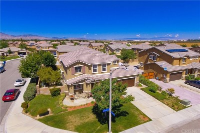 Los Angeles County Single Family Home Active Under Contract: 38723 42nd Street East