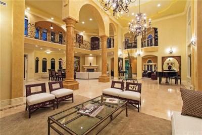 Encino Single Family Home For Sale: 4141 Hayvenhurst Avenue