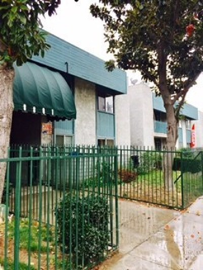 Panorama City Condo/Townhouse For Sale: 8801 Willis Avenue #A5