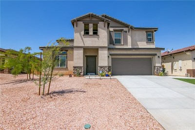 Rosamond Single Family Home For Sale: 3551 Half Dome Avenue