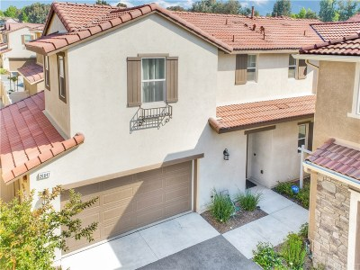 Canyon Country Condo/Townhouse For Sale: 26847 Albion Way