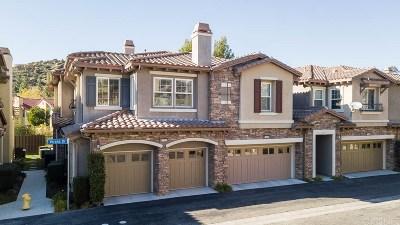 Chatsworth Condo/Townhouse For Sale: 11557 Verona Drive