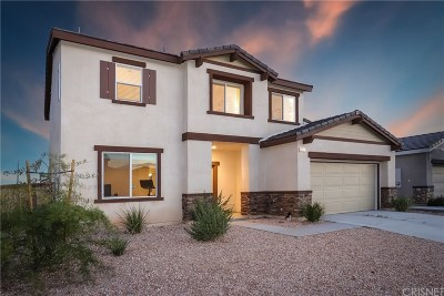 Rosamond Single Family Home For Sale: 3608 Half Dome Avenue