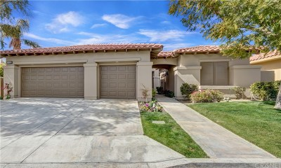 La Quinta Single Family Home For Sale: 57151 Medinah