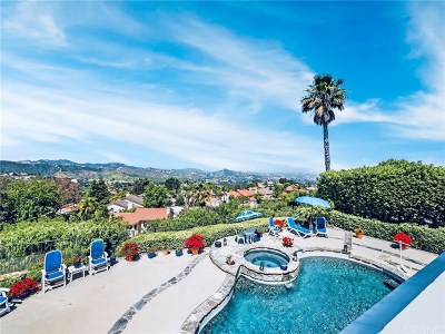 Calabasas Single Family Home For Sale: 22100 Dardenne Street