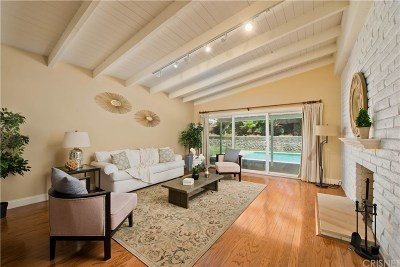 Woodland Hills Single Family Home For Sale: 23000 Brenford Street
