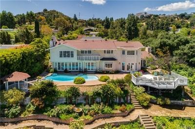 Encino Single Family Home For Sale: 3229 Steven Drive