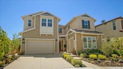 Saugus Single Family Home For Sale: 27676 Skylark Lane
