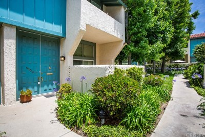 Los Angeles Condo/Townhouse Active Under Contract: 4900 McConnell Avenue