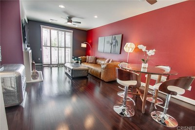 Toluca Lake Condo/Townhouse For Sale: 10609 Bloomfield Street #302