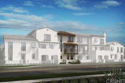 Camarillo Condo/Townhouse For Sale: 326 Dominguez