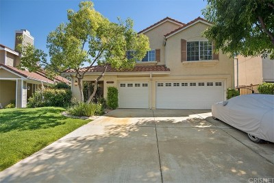 Newhall Single Family Home Active Under Contract: 23461 Windcrest Place