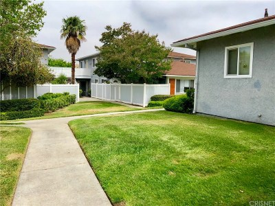 Saugus Condo/Townhouse Active Under Contract: 20817 Plum Canyon Road