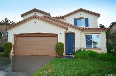 Castaic Single Family Home Active Under Contract: 29919 Shadow Place