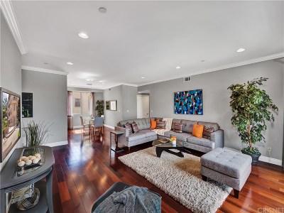 North Hollywood Condo/Townhouse For Sale: 11280 La Maida Street #401