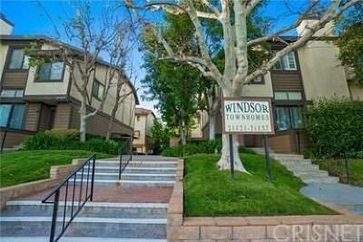 Chatsworth Condo/Townhouse For Sale: 21225 Lassen Street #5