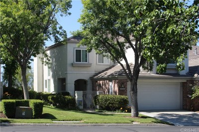 Santa Clarita, Canyon Country, Newhall, Saugus, Valencia, Castaic, Stevenson Ranch, Val Verde Condo/Townhouse For Sale: 24614 Brighton Drive #A