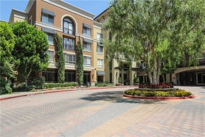 Valencia Condo/Townhouse For Sale: 24595 Town Center Drive #3105