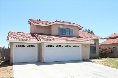 Palmdale Single Family Home For Sale: 37818 52nd Street East