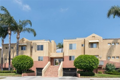Sherman Oaks Condo/Townhouse For Sale: 5350 Sepulveda Boulevard #7