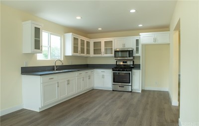 Los Angeles Single Family Home For Sale: 1122 West 74th Street