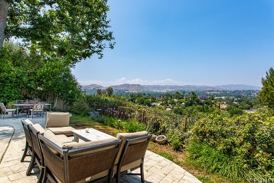 Los Angeles County Single Family Home For Sale: 23441 Bessemer Street