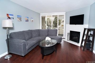 Sherman Oaks Condo/Townhouse For Sale: 4705 Kester Avenue #116