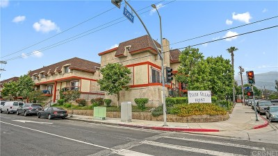 Los Angeles County Condo/Townhouse For Sale: 14287 Foothill Boulevard #34