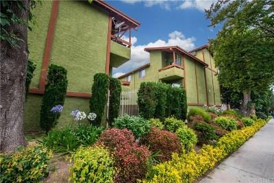 Tarzana Condo/Townhouse For Sale: 6151 Reseda Boulevard #1