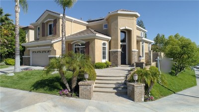 Saugus Single Family Home For Sale: 22320 Hideout Court