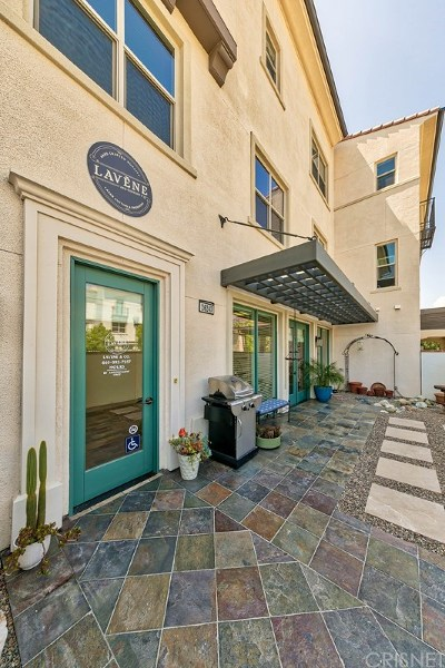 Saugus Single Family Home For Sale: 26243 Prima Way