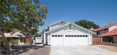 Palmdale Single Family Home For Sale: 39222 Gunsmoke Court