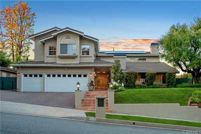 Calabasas Single Family Home For Sale: 22455 Cairnloch Street