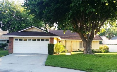 Newhall Single Family Home For Sale: 24200 Cheryl Kelton Place