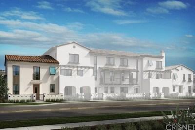 Camarillo Condo/Townhouse For Sale: 348 Dominguez Street