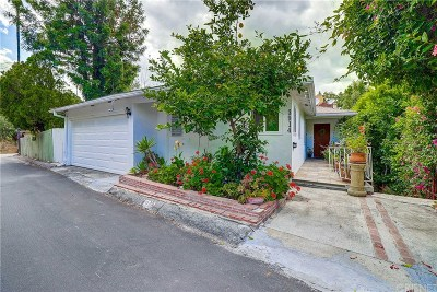 Hollywood Hills Single Family Home Active Under Contract: 3914 Fredonia Drive