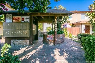 Condo/Townhouse For Sale: 7300 Lennox Avenue #C9