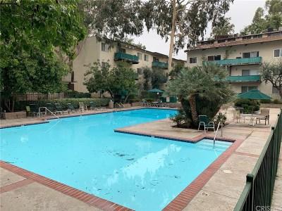 Encino Condo/Townhouse For Sale: 5460 White Oak Avenue #E123